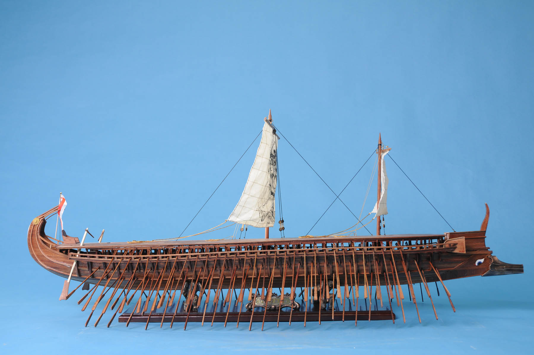 athenian trireme Swift and agile, the greek trireme was one of the most devastating warships of the ancient world.